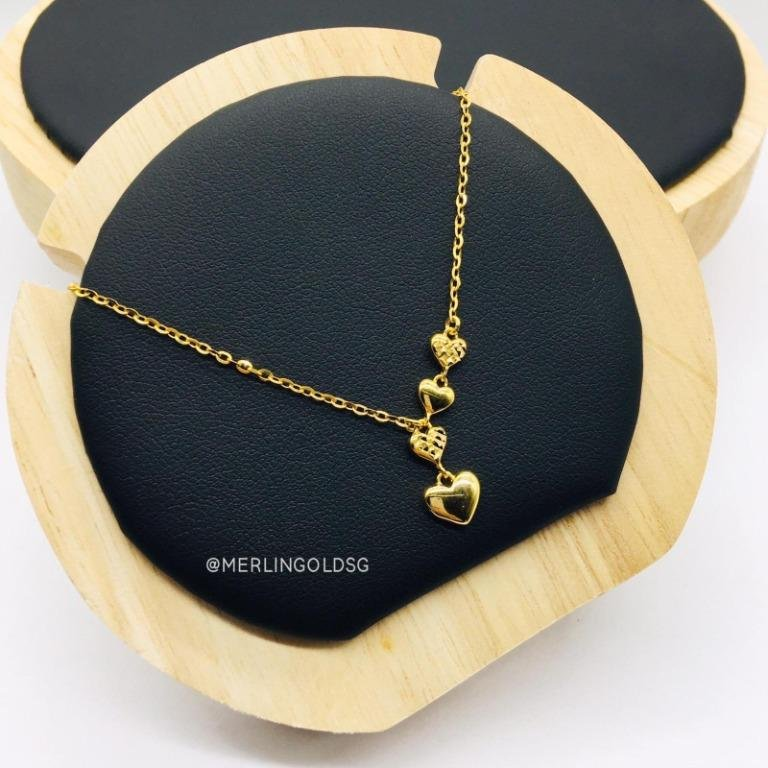 916 Gold Sparkling Lovely Heart Necklace
