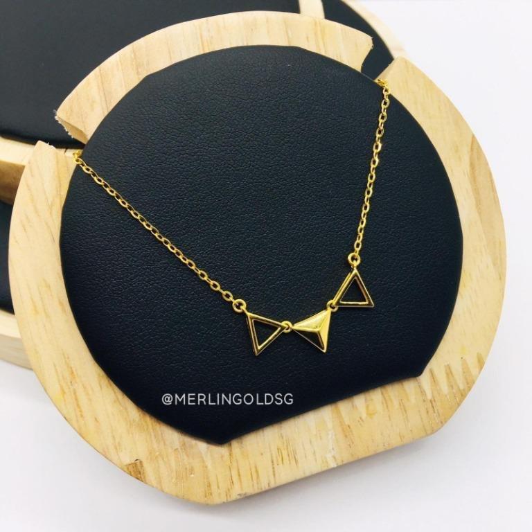 916 Gold Three Triangle Stylish Necklace
